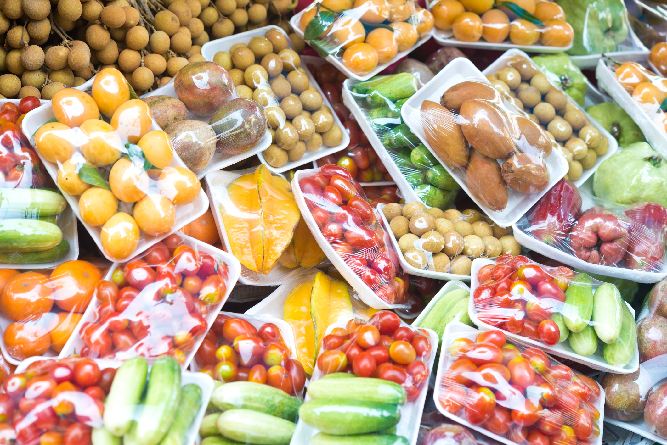 Fruit and plastic packaging
